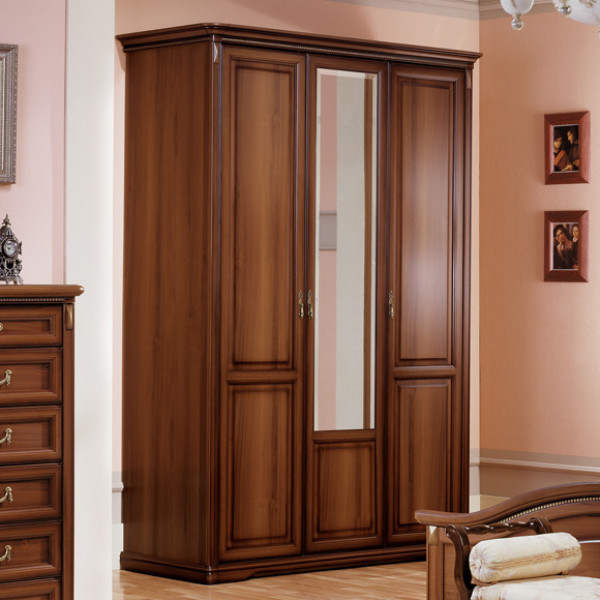 Шкаф 3-х дверный для платья и белья